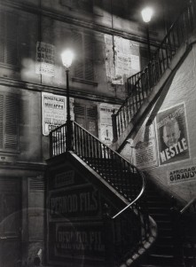 brassai-staircase-in-the-rue-rollin-19341