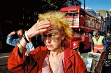 GB. England. London. 2004. Oxford Street.