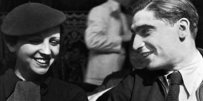 Robert Capa and Gerda Taro 1936 in Paris